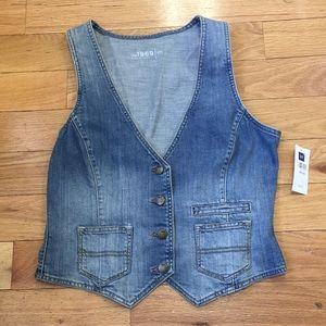 GAP 1969 DENIM VEST SIZE MEDIUM NWT